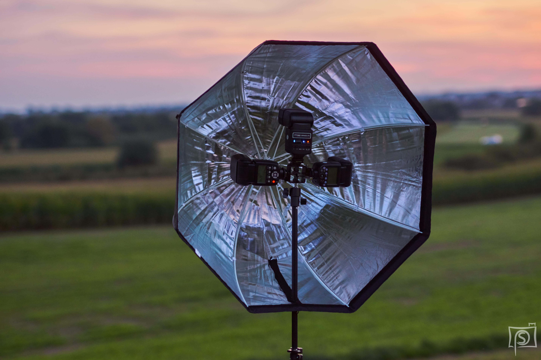 Neewer Octabox 80 cm mit drei Blitzen