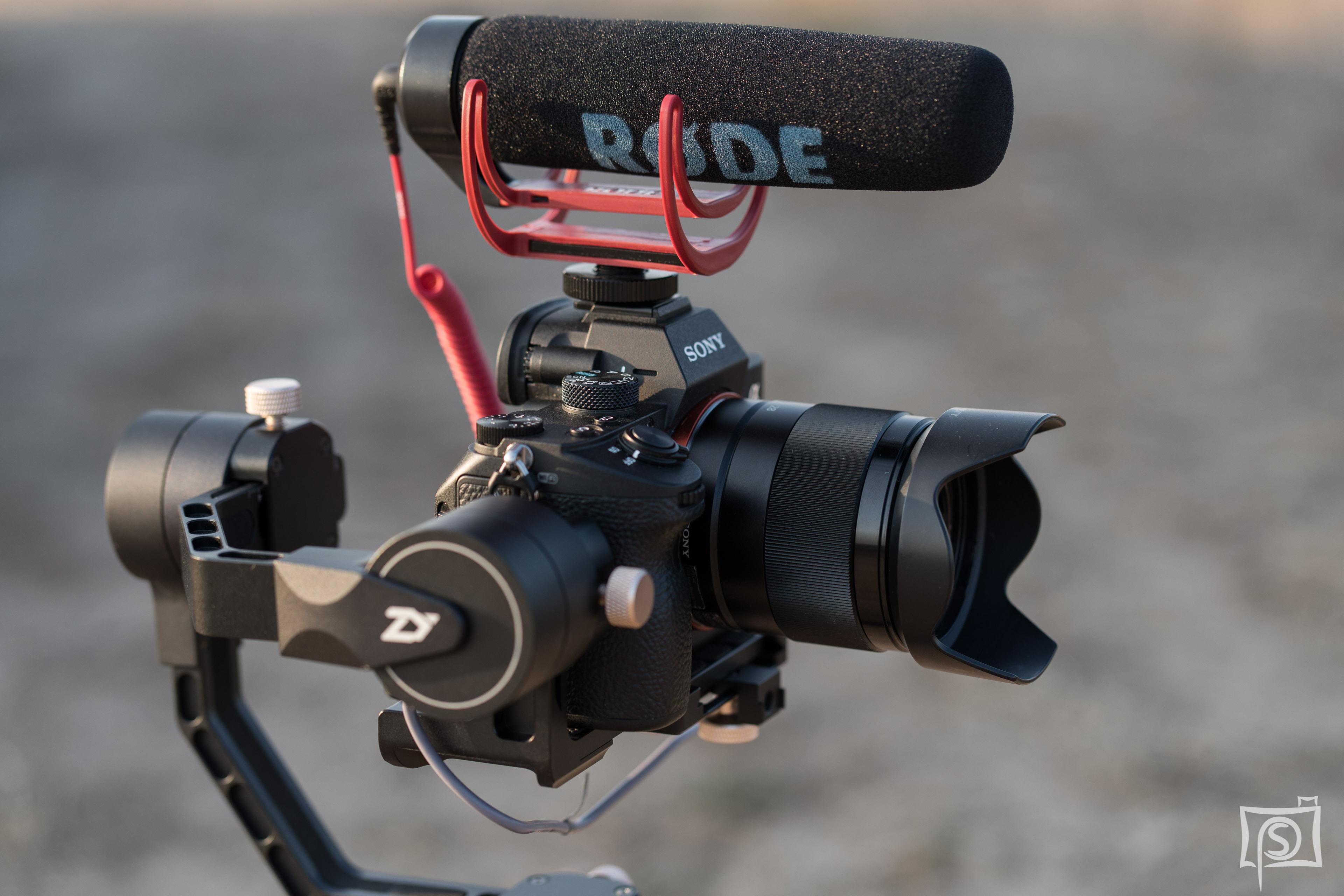 Rode Mikrofon auf der a7III und dem Crane Plus